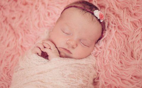Fotos-Fotograf-Baby-Babyfotograf-Neugeborenes-Newborn-Hildesheim-Hannover-Wolfsburg-Braunschweig-Salzgitter-PS-SD-20160511-0011