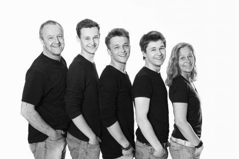 Fotos-Fotograf-Familie-Familienfotograf-Hildesheim-Hannover-Wolfsburg-Braunschweig-Salzgitter-PS-SD-20160504-0091_sw