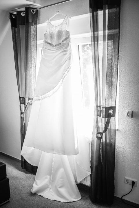 Fotos-Fotograf-Hochzeit-Hochzeitsfotograf-Hildesheim-Hannover-Wolfsburg-Braunschweig-Salzgitter-PS-SD-20160514-0023_sw